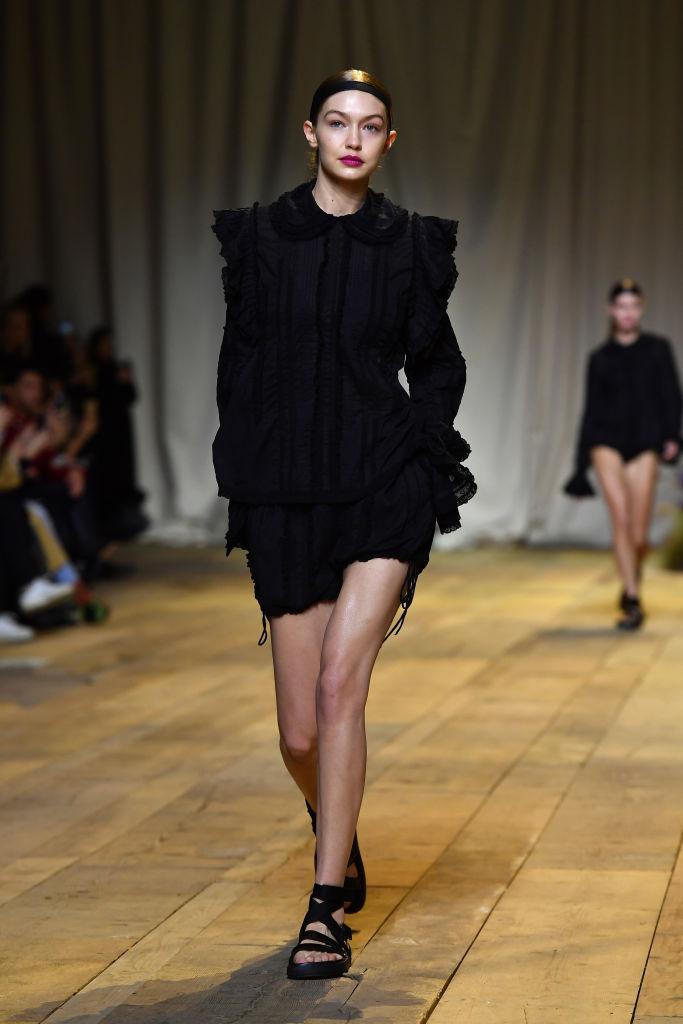 H&M Studio SS17  :  Runway - Paris Fashion Week