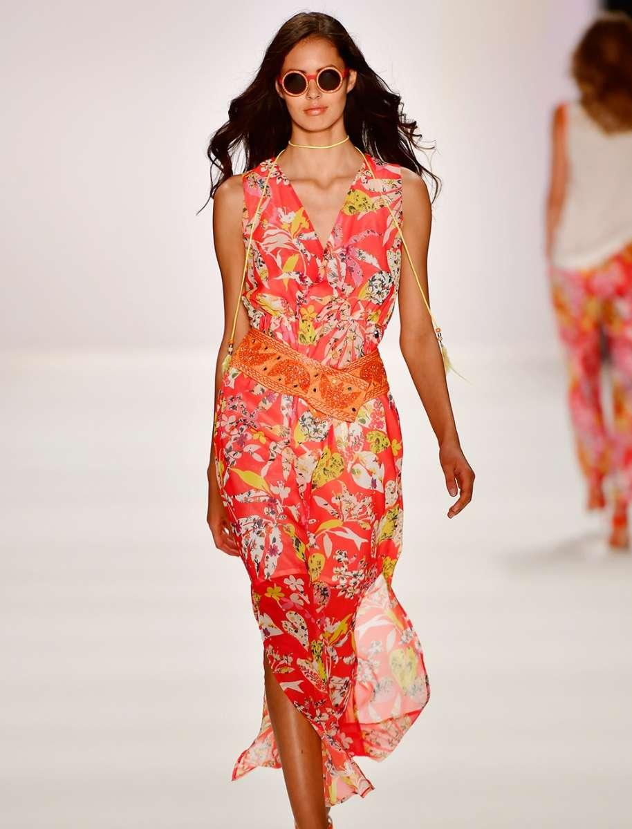 SPORTALM למילוס שמלה פרחונית שיפון 1540שח צילום יחצ חול
