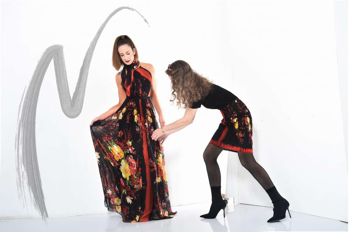 קולקציית הקפסולה של לאה שנירר ואליאן סטולרו שמלה פרחונית 8250 שח חצאית פרחונית 3950 שח  צילום איתן טל