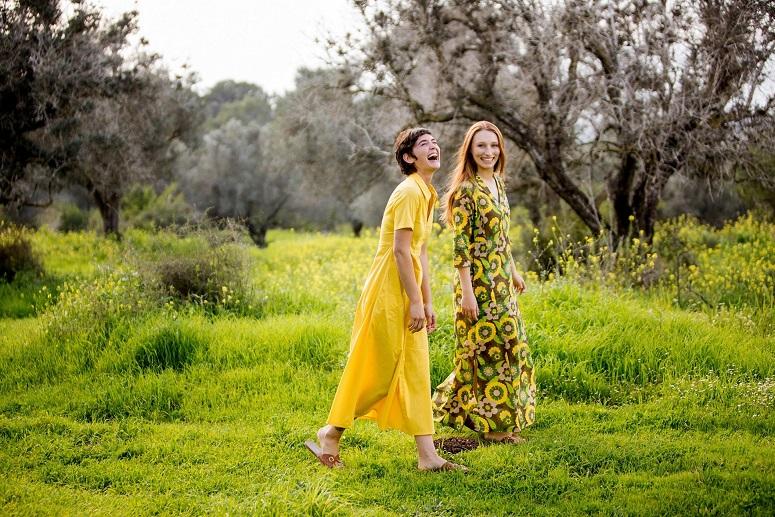 קרן שביט - אביב - קיץ 2018 צילום  פרחונית 380 שח צהובה 450 שחיפעת גולן