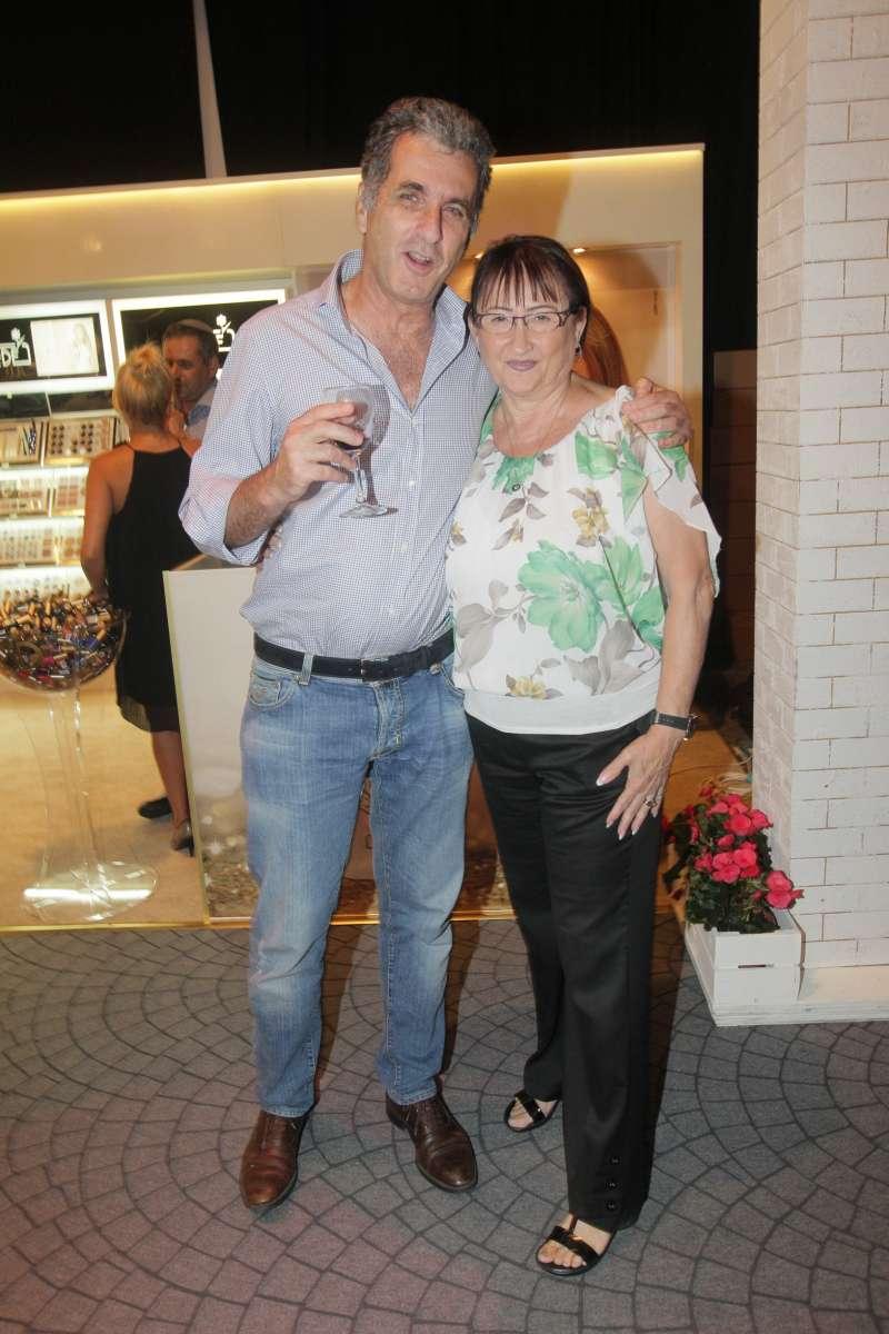 יוני שסטוביץ ובילהה ברוקס - אירוע הפתיחה של פריטי וומן למשביר לצרכן. צלם שוקה כהן.