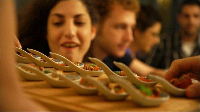 בבית של הצ'יפולינות – Chipolina ארוחות פרטיות