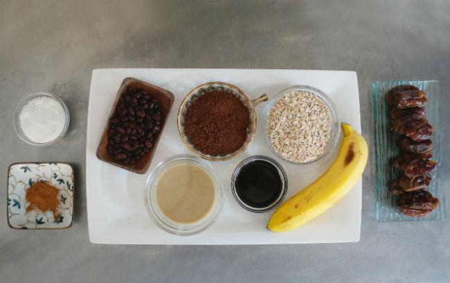 המצרכים לעוגיות (צילום: עדי הלמן)