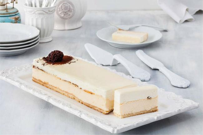 עוגת גבינה לשבועות של ברמן. צילום: אסף אמברם