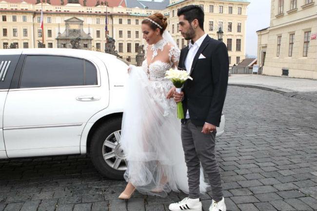 חן טל ובן זוגה ב חתונה ב פראג. צילום: שלו מן