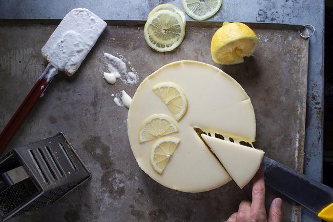ארקפה קולקציית שבועות 2016, עוגת גבינה לימון (צילום: אנטולי מיכאלו)