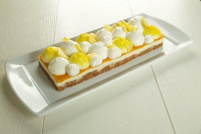 עוגה טרופית של לחמים (צילום: שני בריל)