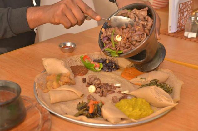 יש מנות גם לקרניבורים. מנה בשרית בגוג'ו (צילום: באדיבות מסעדת גוג'ו)