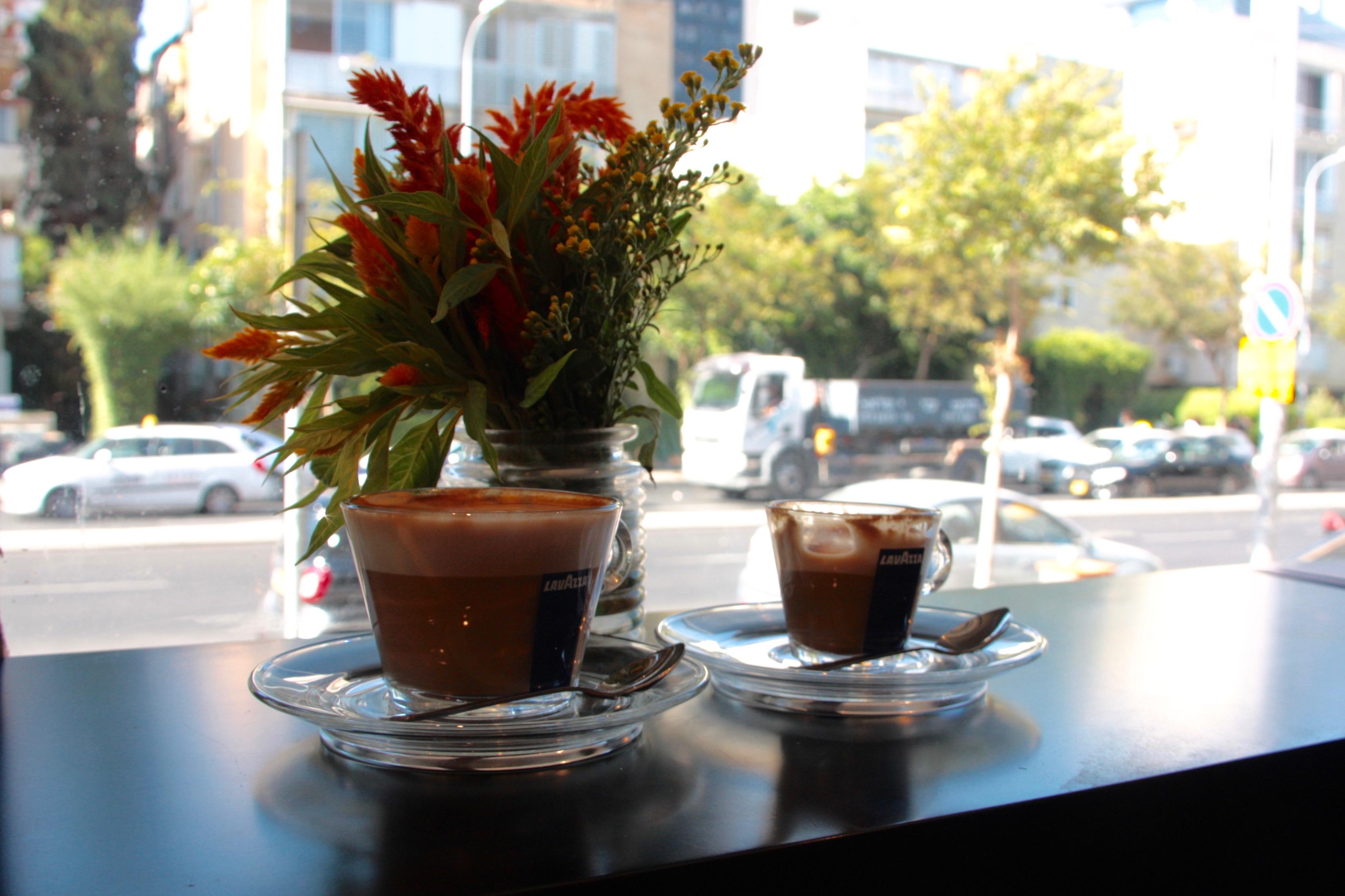 סטמפה. קפה איטלקי. צילום: אייל רוטברט