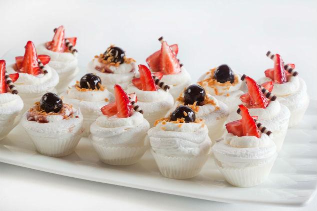 פינוקים מתוקים – פבלובות אישיות (צילום: קאנאפ'ס)