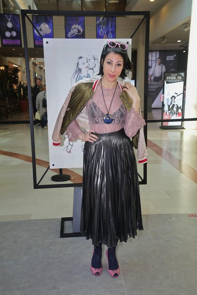 קניון רמת אביב תערוכת איורי אופנה של קוקטית. צילום שוקה כהן (131)