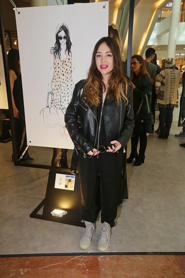 קניון רמת אביב תערוכת איורי אופנה של קוקטית. צילום שוקה כהן (225)