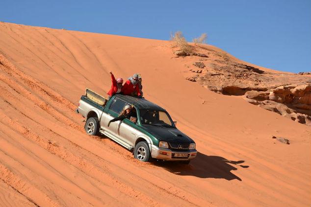 לקחת את ההגה לידיים במסע אתגרי במרוקו (צילום: פאני לוי)