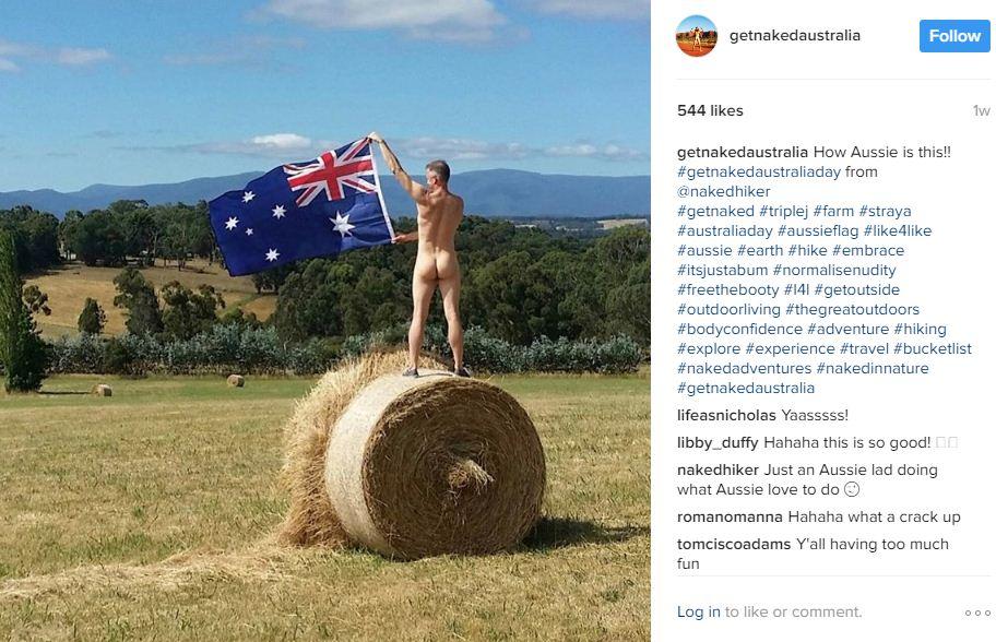 אוסטרליה מתפשטת בדשא