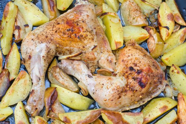 עוף ותפוחי אדמה בתנור, מתכון בסיסי (צילום: שאטרסטוק)