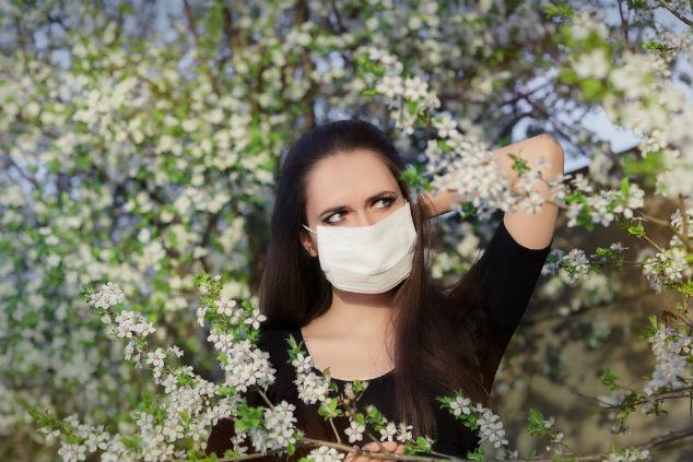 ריכוז האבקנים גבוה ולא ממש ניתן להימנע מלנשום (צילום: שאטרסטוק)