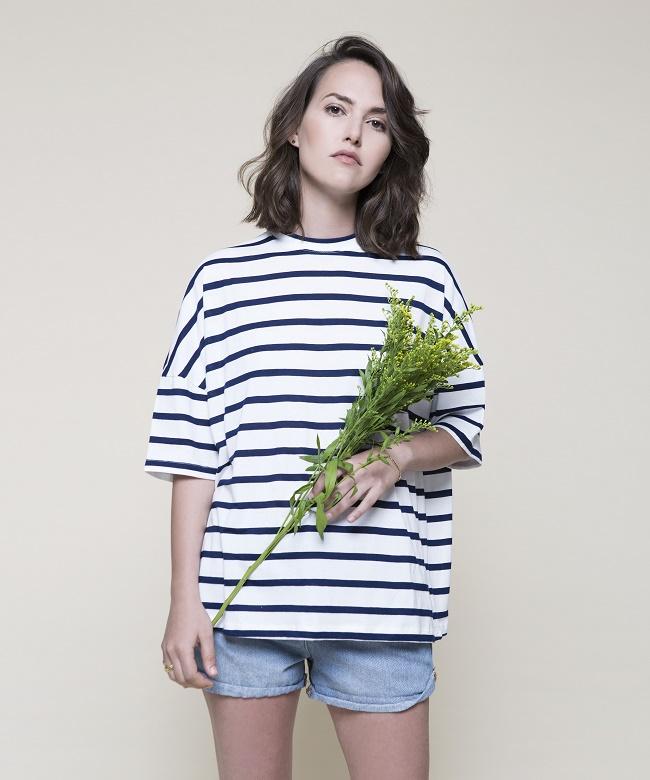 חולצת גסטין של TwoTone תימכר ב- 270 שקל במקום 320 שקל צילום תום מרשק (2)