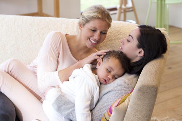 אימא, אימא ותינוק (צילום: שאטרסטוק)