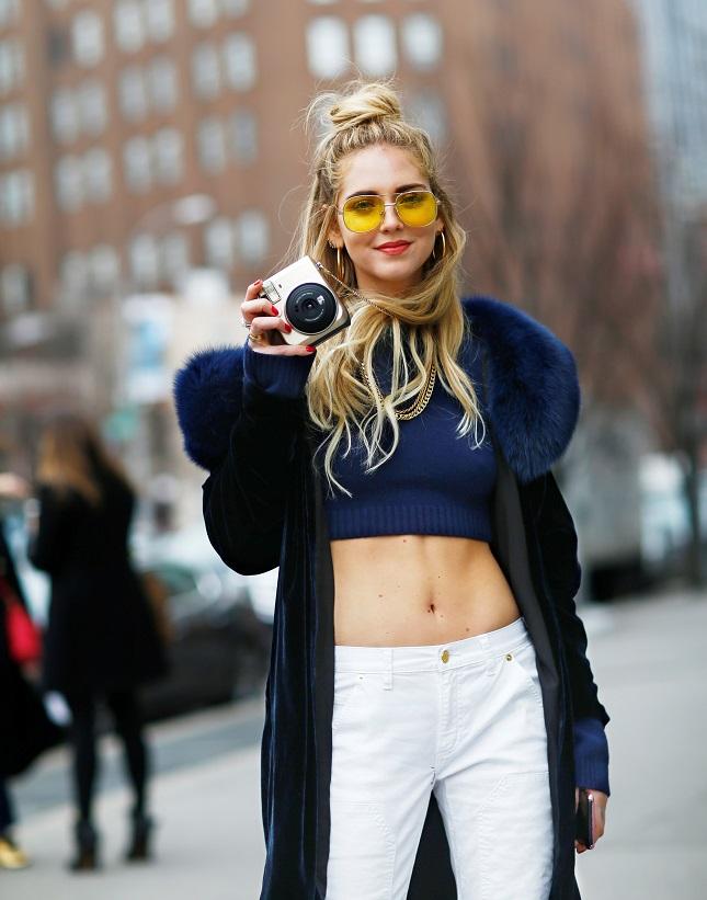 Chiara_Ferragni_wears_the_Gold_MK_x_FUJIFILM_INSTAX_Camera_2