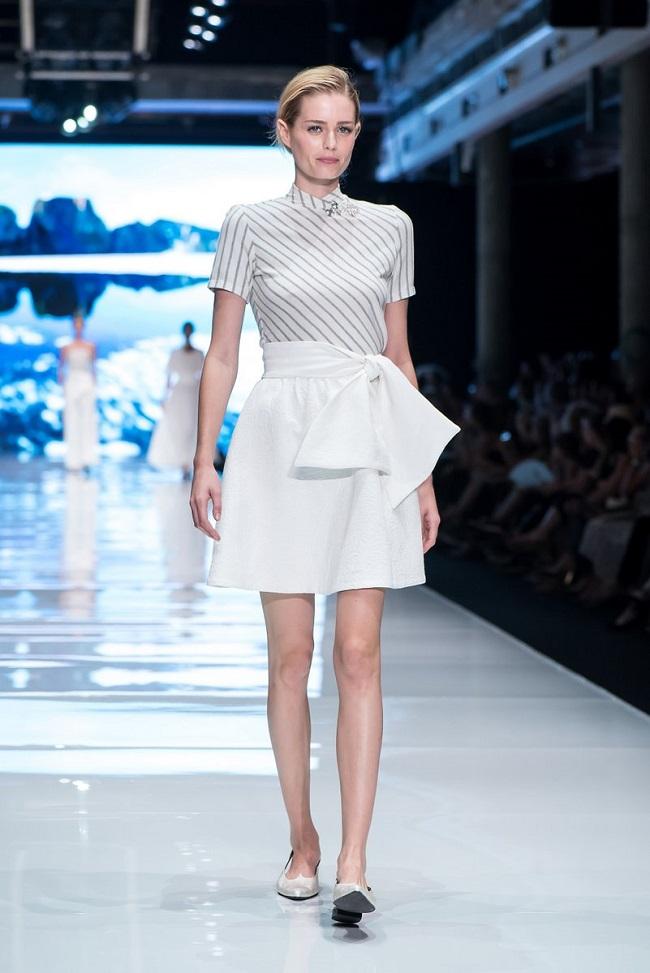 דורין פרנקפורט שבוע האופנה גינדי תל אביב צילום אבי ולדמן מחיר חצאית לפני הנחה 436 שח מחיר אחרי הנחה 90 שח