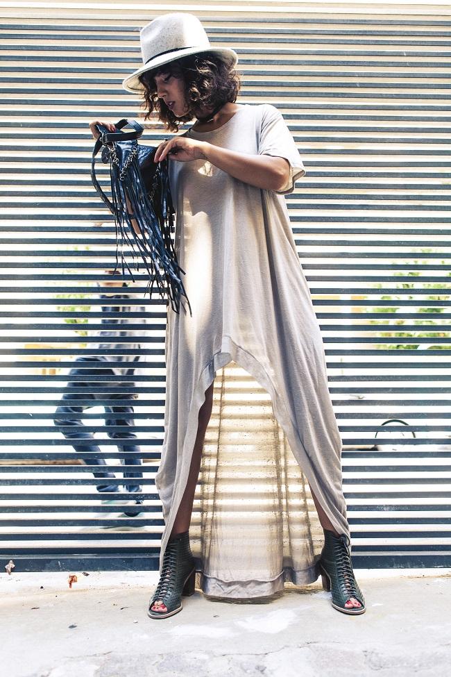 קארין זלאיט שמלת ולארי 50 אחוז כותנה 50 אחוז משי מחיר רגיל 690 שח מחיר ביריד 450 שח צילום אייל אסרף