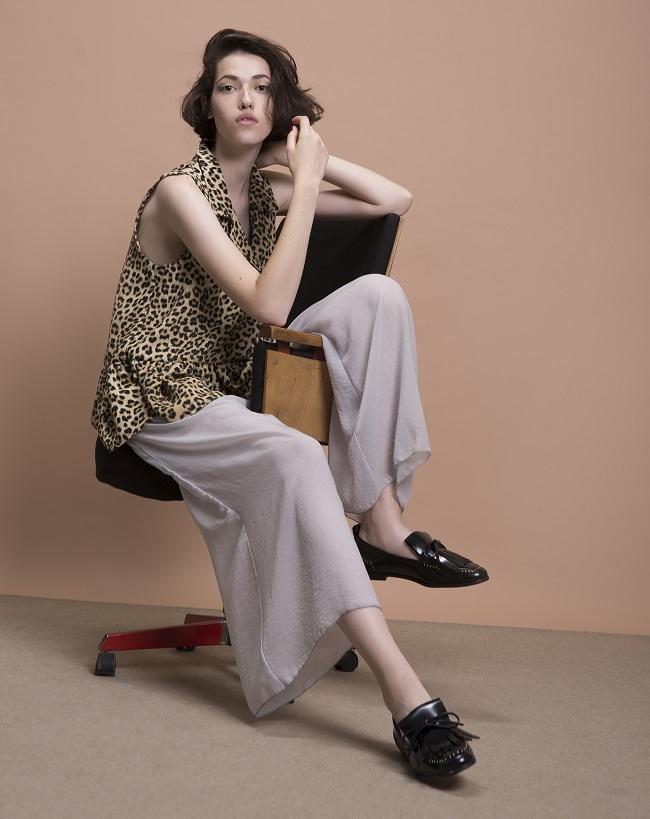 מכנסי שקף נפתול  מחיר רגיל -- 550 מחיר יריד 350_ חולצה דנה סידי 350-280