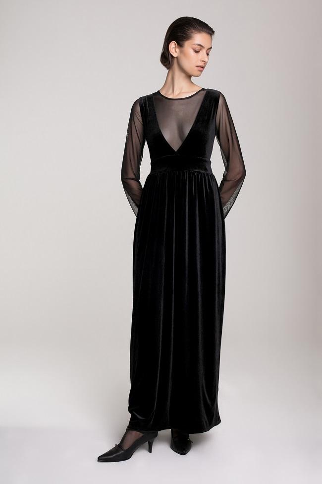 דורין פרנקפורט סתיו חורף 18 צילום אסף עיני מחיר שמלה תחתונה 550 שח מחיר שמלה חלק עליון 850 שח