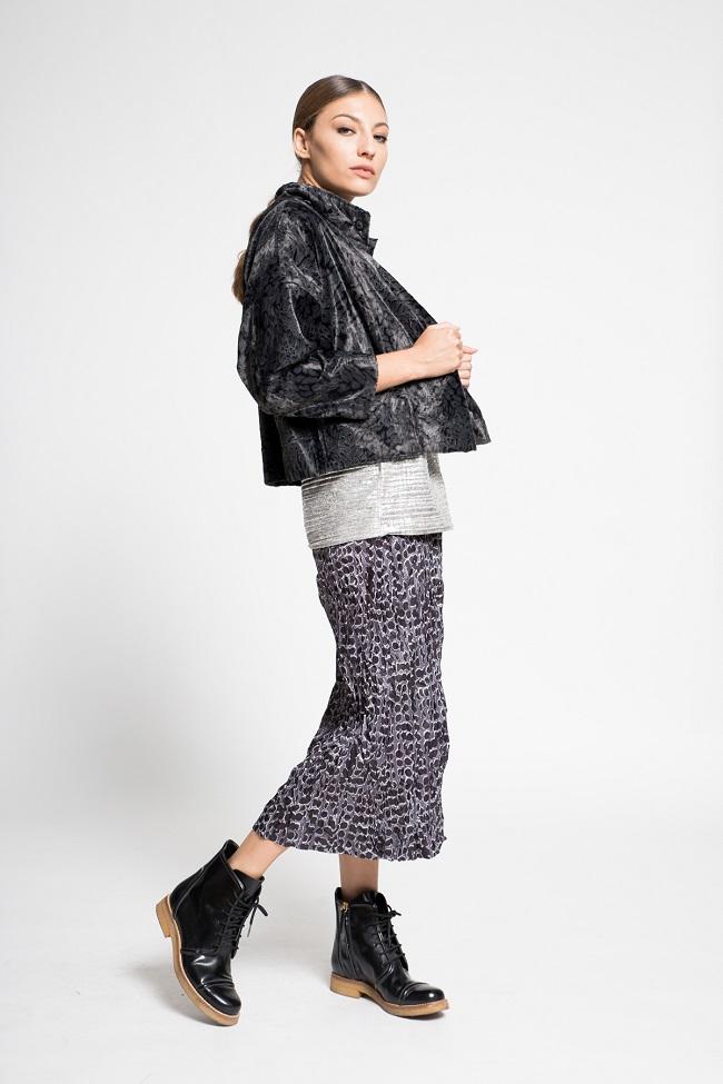 תמי חומסקי קוקלציית סתיו חורף 17-18 צילום עמיר צוק מחיר חצאית 580 שח מחיר ג'קט 760 שח  (2)