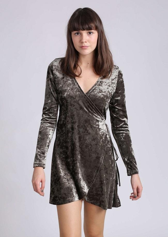 x014210004-TERMINAL X  מחיר189 שח, שמלת קטיפה, צילום זוהר שטרית