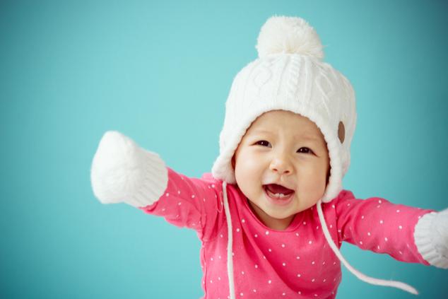 לבוש חם, אבל לא חם מדי וכובע שמכסה את האוזניים (צילום: שאטרסטוק)