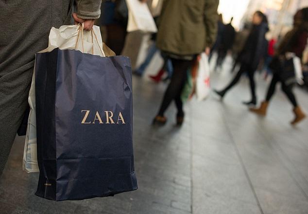 שקית של זארה Photo by Denis Doyle Getty Images