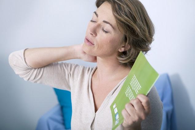 איך להתמודד עם תופעות גיל  המעבר?  צילום: Image Point Fr's/shutterstock