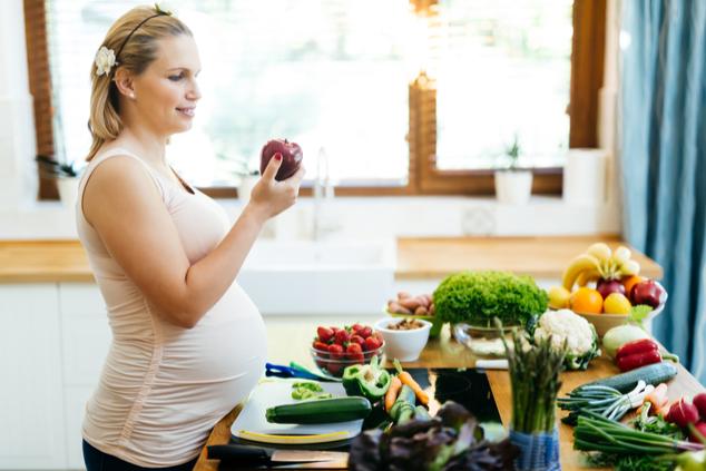 חשוב גם לאכול בריא בהריון (צילום: שאטרסטוק / nd3000)