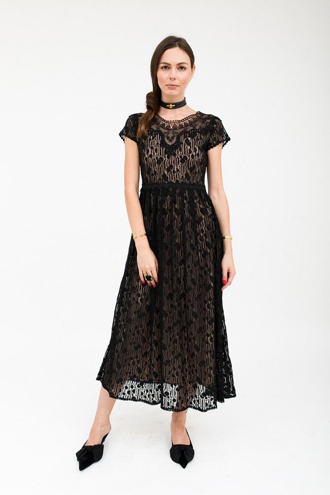 לארה רוסנובסקי, קמפיין חורף 2017-18, שמלה 2175שח  צילום ליה גלדמן