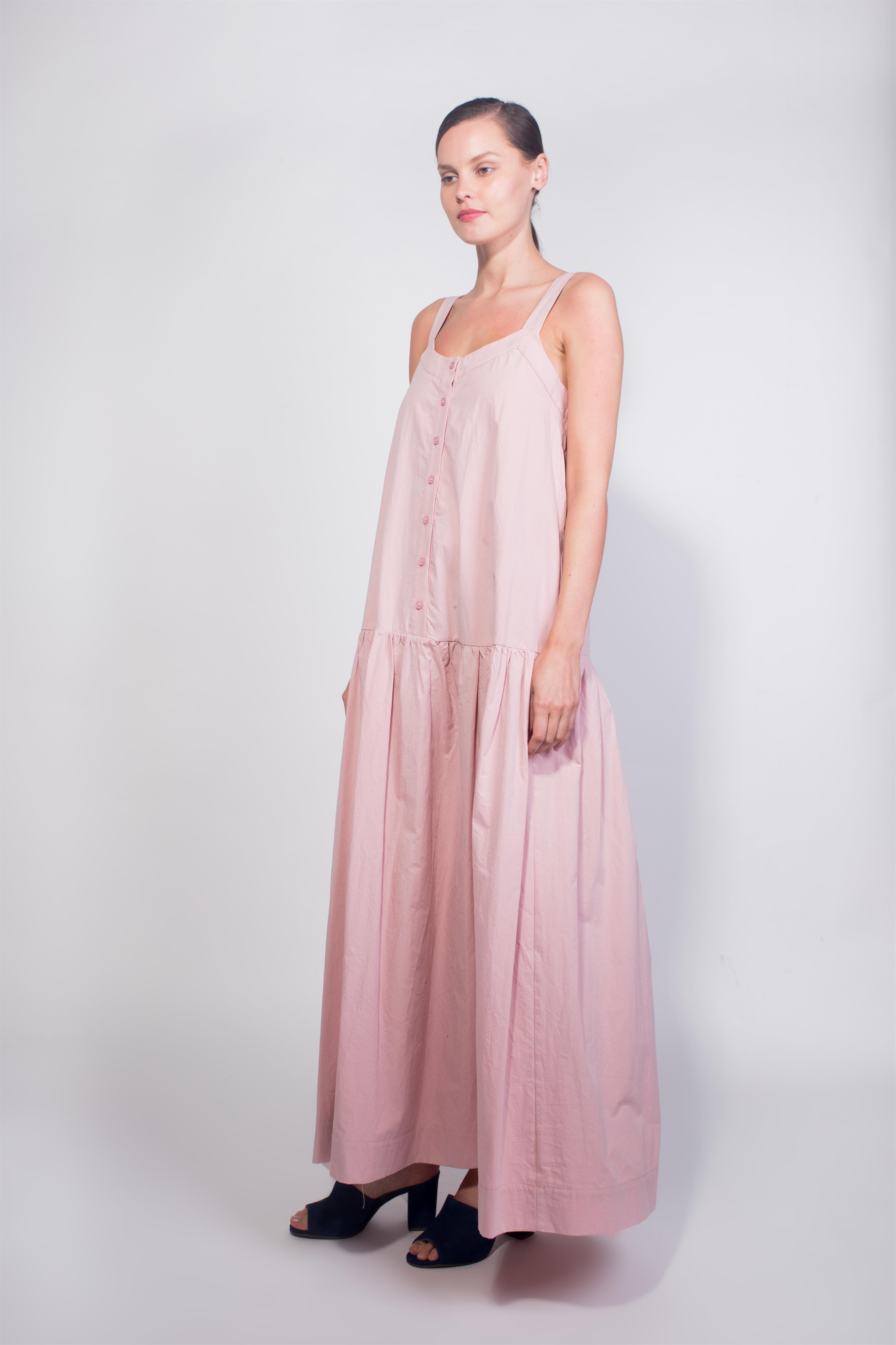 שמלה של TwoTone עכשיו ב- 400  שקל במקום 850 שקל צילום רותם לבל