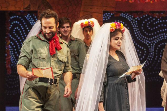 """מהומה רבה על לא דבר - תיאטרון הקאמרי - צילום: ז'ראר אלון, יח""""צ"""