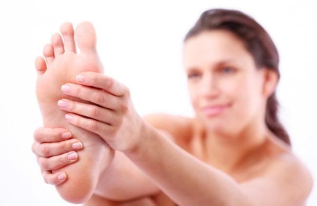 מה עושים כשכפות הרגליים כואבות (צילום:By Valentyn Shutterstock)