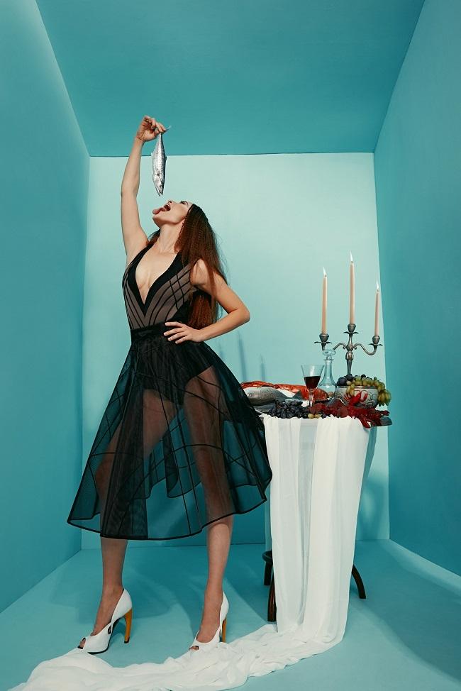 מאור צבר שמלת מנטה ריי 2000 להשכרה שח הד פיס500 להשכרה צילום הילה שייר