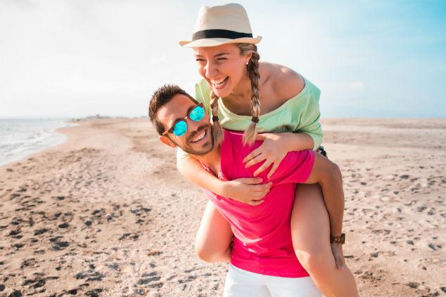 בני זוג ביחד צילום שאטרסטוק Manu Padilla