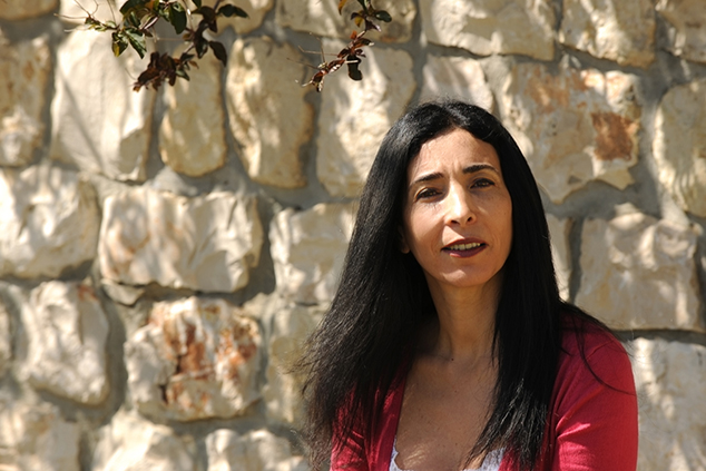 """ד""""ר אסנת עקירב """"אסור לנשים לוותר על המרחב הציבורי. אין לנו זכות לוותר עליו"""" (צילום: עמיחי חורש)"""