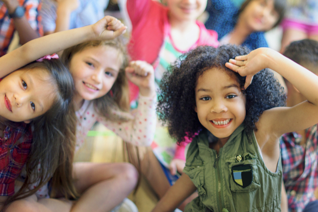 חוגגות את יום הילדה הבינלאומי (שאטרסטוק /  Rawpixel.com)