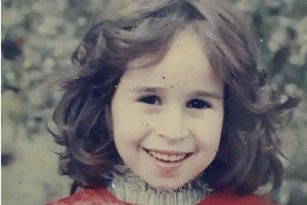 """""""הרגשתי שאני ילדה מכוערת"""" (צילום מתוך אלבום משפחתי)"""