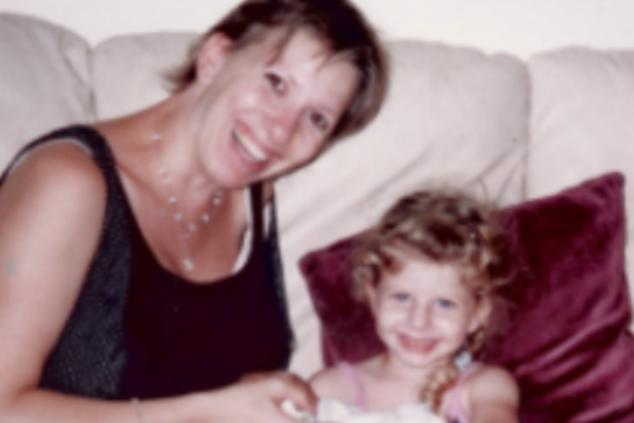"""""""היה לי שיער בלונדיני שופע"""" (צילום מתוך אלבום משפחתי)"""