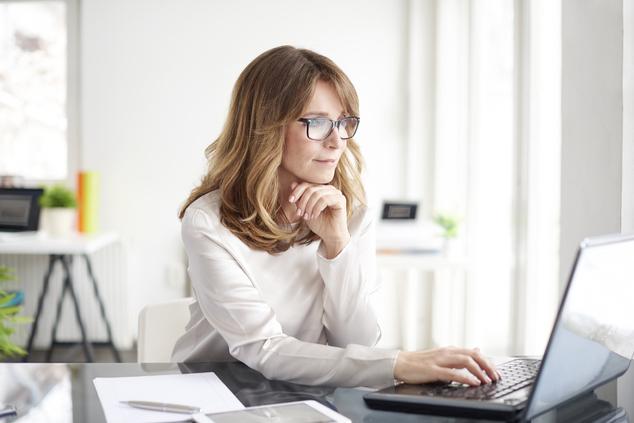 מה דין עובד שנדרש ויכול להגיע לעבודה? (שאטרסטוק / Kinga)