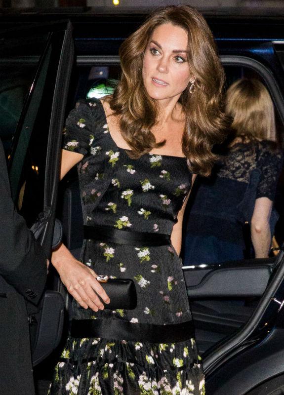 קייט מידלטון בשמלת ערב Samir Hussein/Samir Hussein/WireImage)