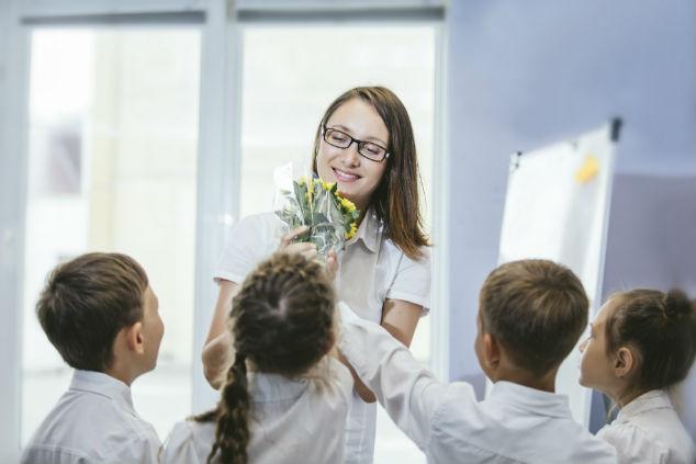 פרחים למורה (צילום: Shutterstock by matva)