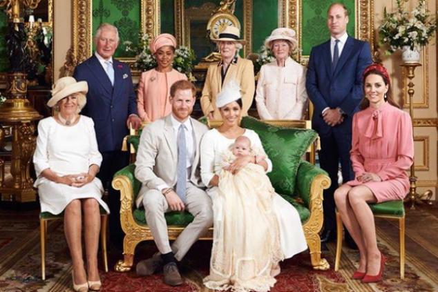 ארצ'י ומשפחת המלוכה צילום אינסטגרם