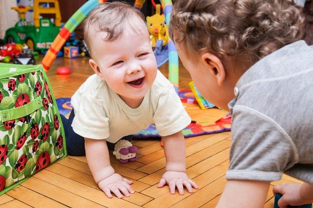 תינוק מאושר shutterstock  By Mariia Golovianko