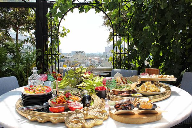 ארוחת בוקר בלייטהאוס (צילום: עמרי שמילוביץ)