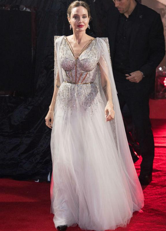 אנג'לינה ג'ולי בלבן צילום Jeff Spicer/Getty Images